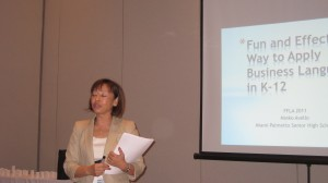 Mieko Avello, high school Japanese teacher presenting on Business Japanese at FFLA